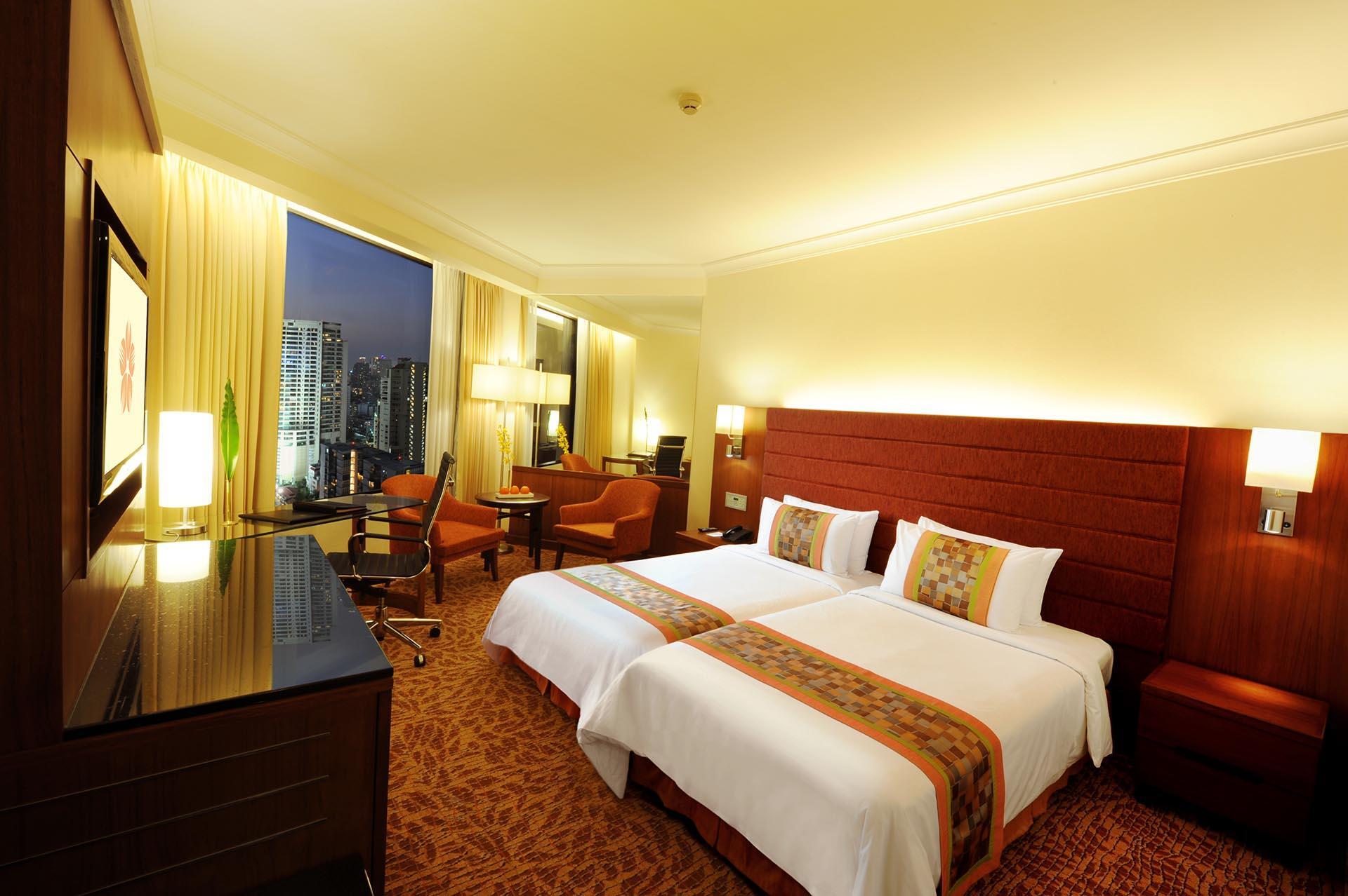 Superior Twin Room at Rembrandt Hotel Bangkok