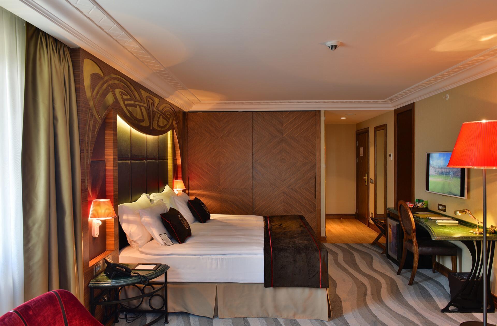 Junior Suite Bed at Warwick Ankara