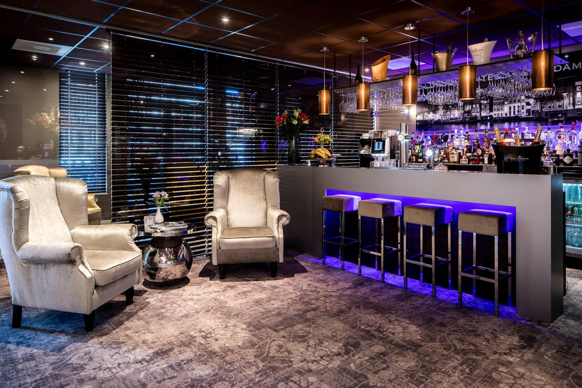 Bar at Luxury Suites Amsterdam
