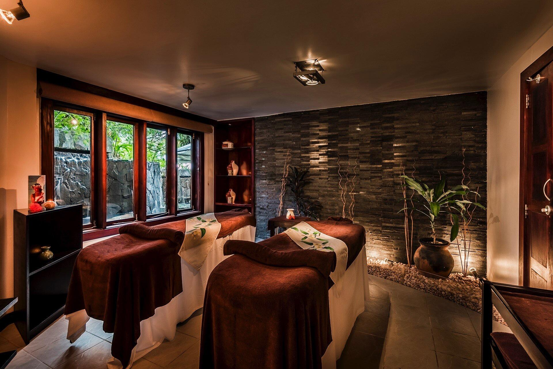 Massage Tables- Double at Warwick Fiji