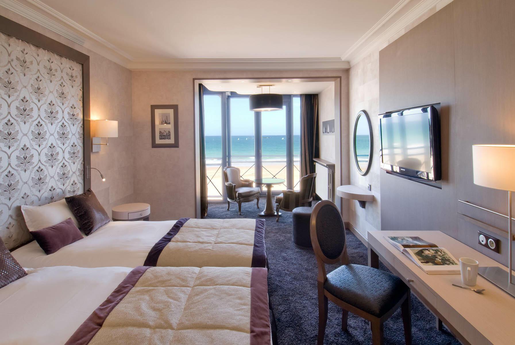 Croisiere Prestige Beach at Grand Hotel des Thermes
