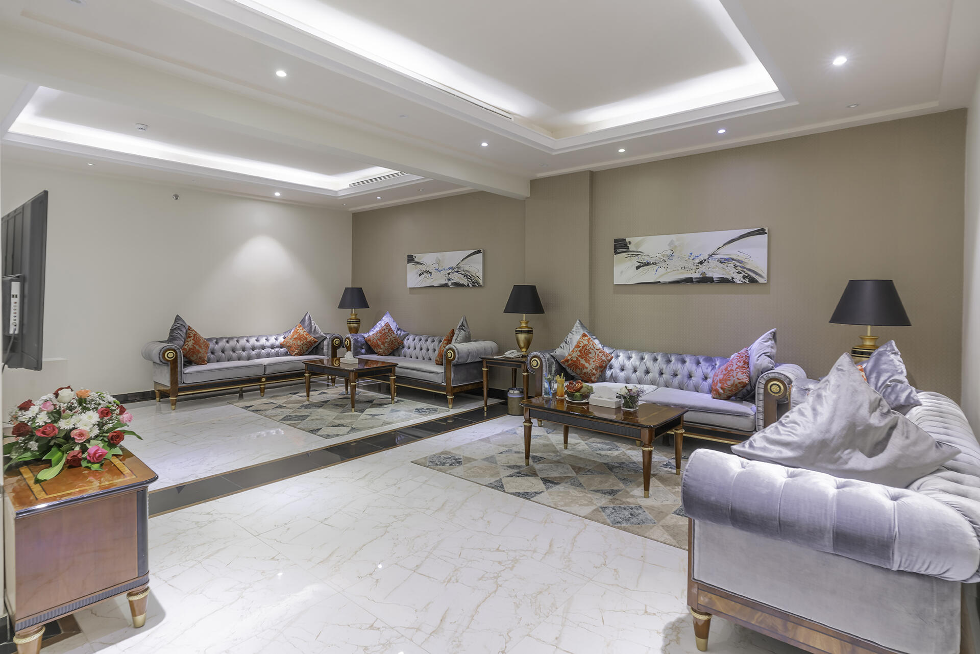 Grand Suite at Makeen Homes by Warwick