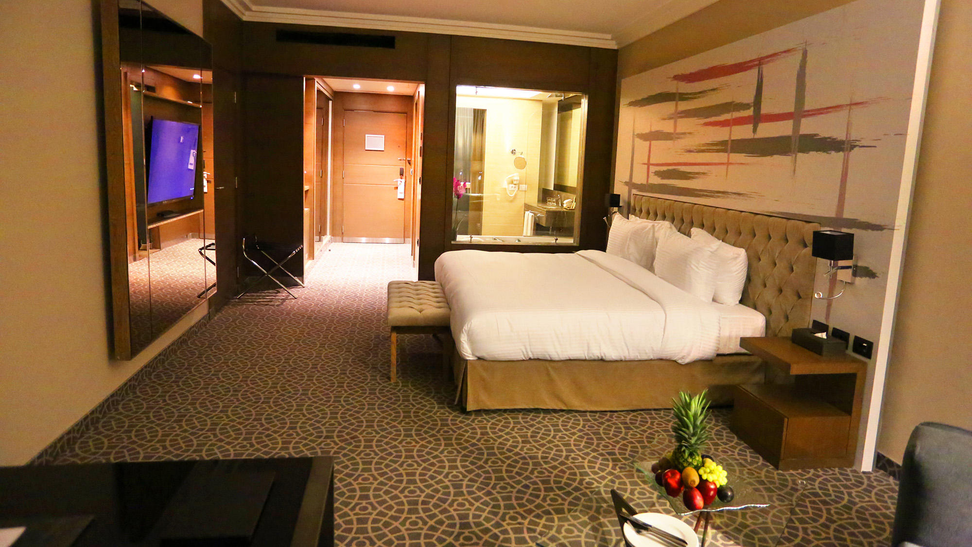 Premier Room at Mist hotel and Spa by Warwick