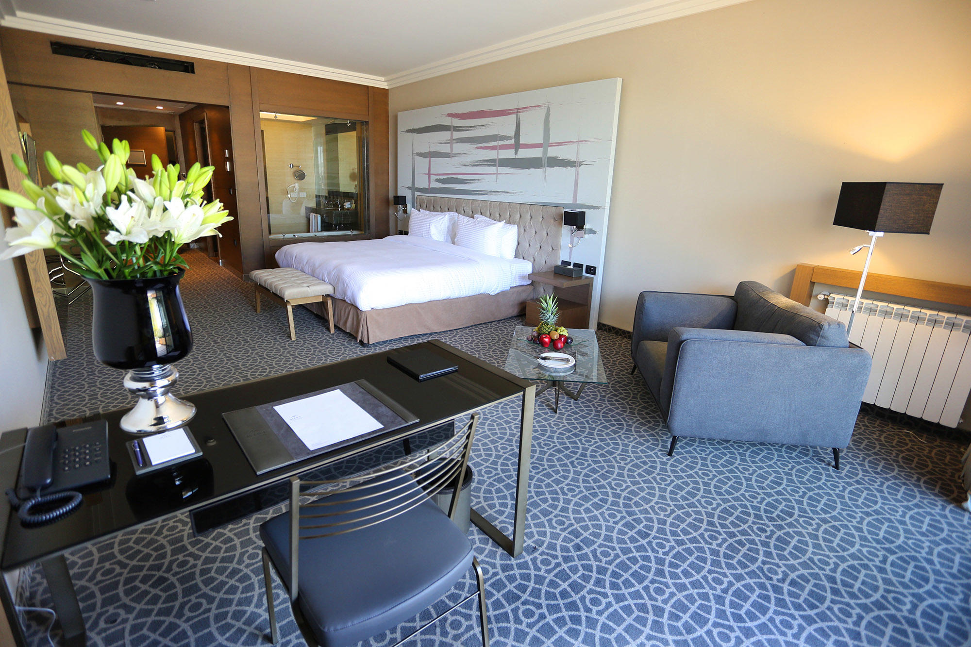 View Premier Room at Mist hotel and Spa by Warwick