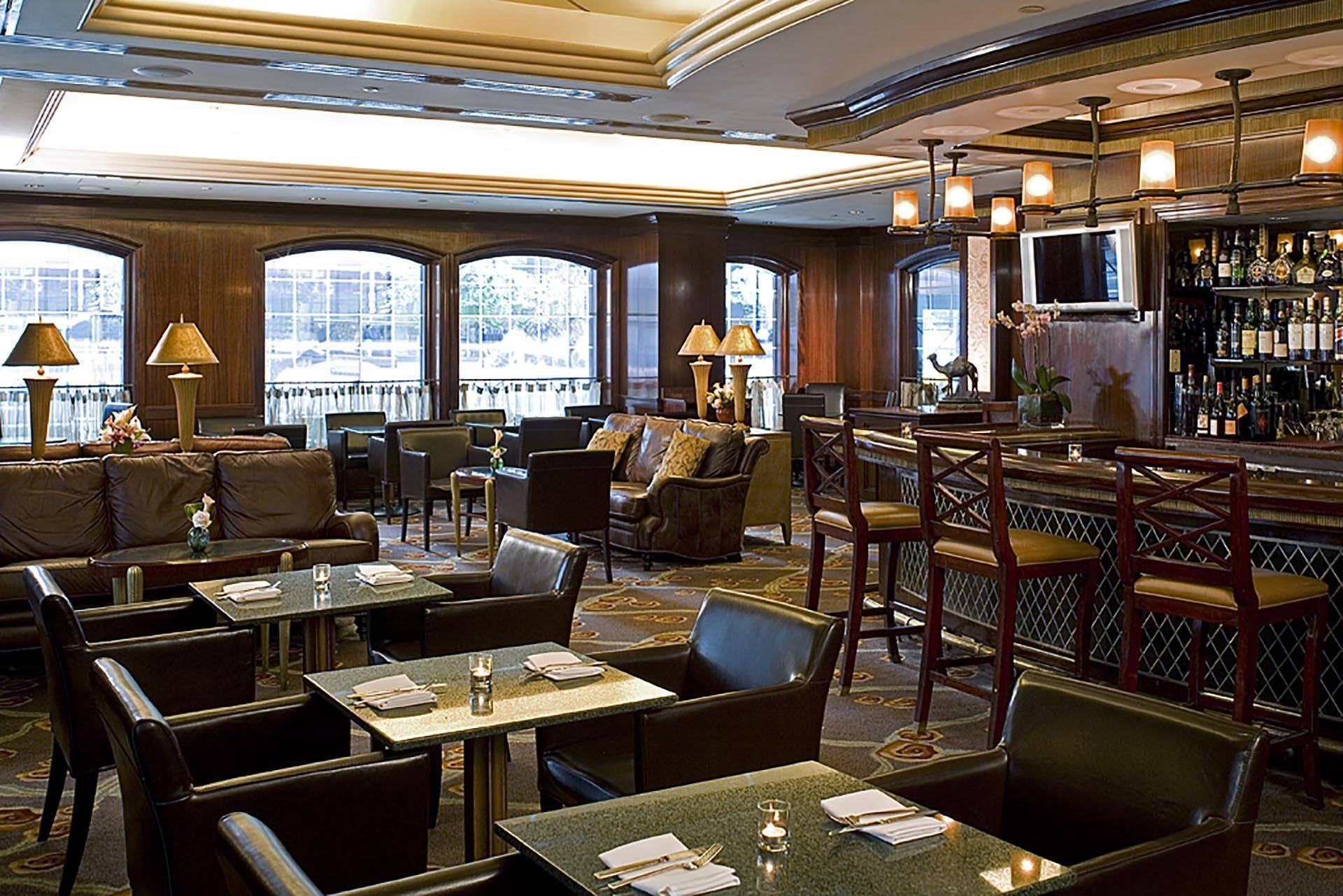 BarLounge Randolph's Bar & Lounge
