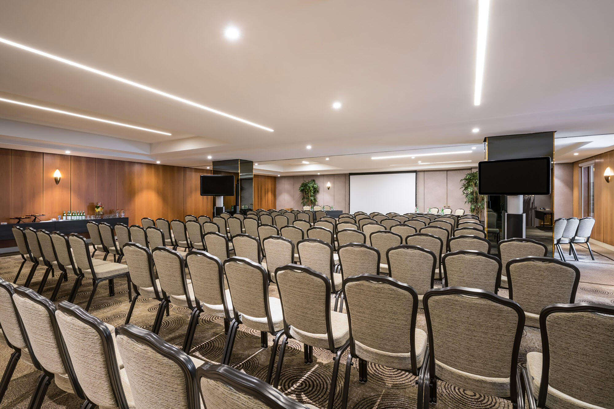 Meeting Room Theatre