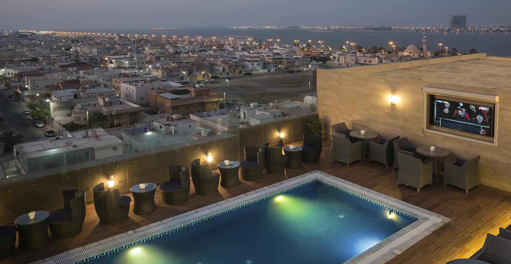 Pool at Naviti by Warwick Dammam