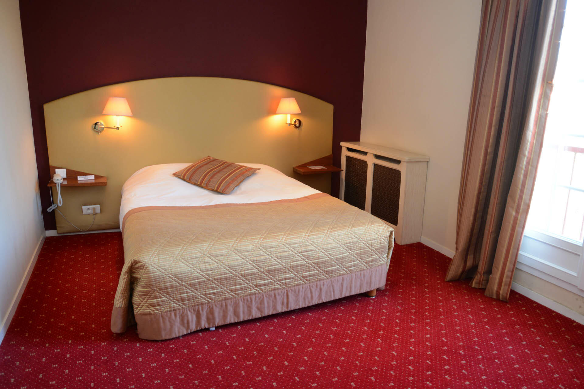 Room at Hôtel Le Continental in Forges-les-Eaux