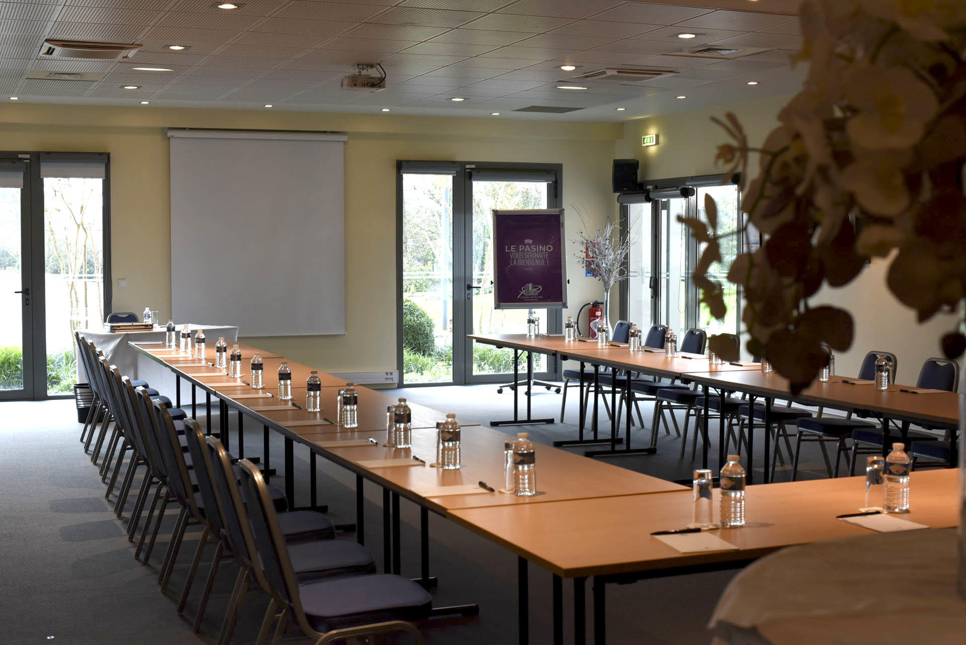 Seminar at Hôtel du Pasino in Saint-Amand-Les-Eaux, France