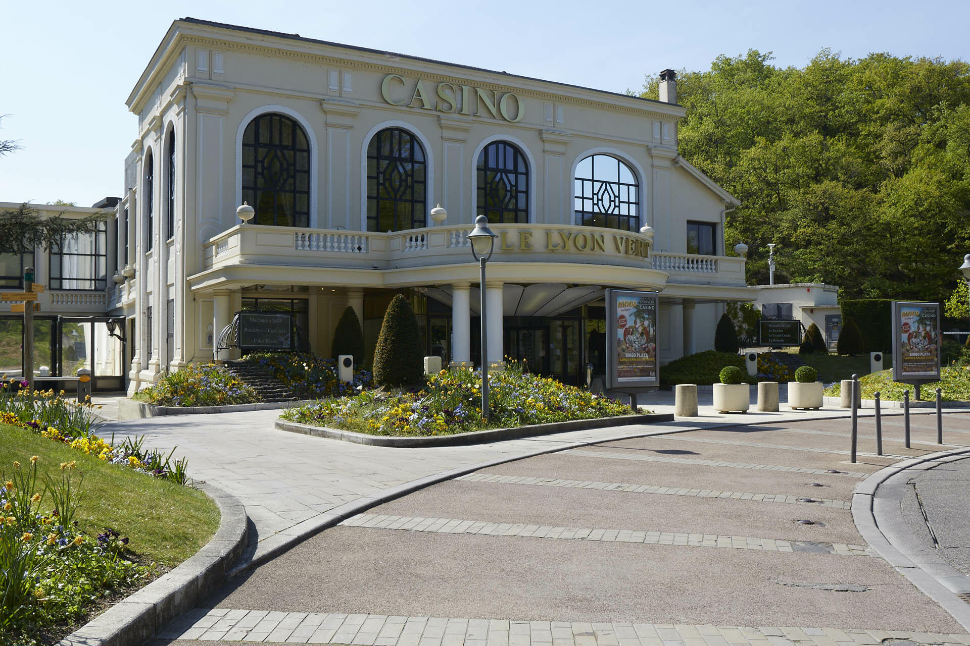 Casino at Hotel & Spa Le Pavillon near Lyon