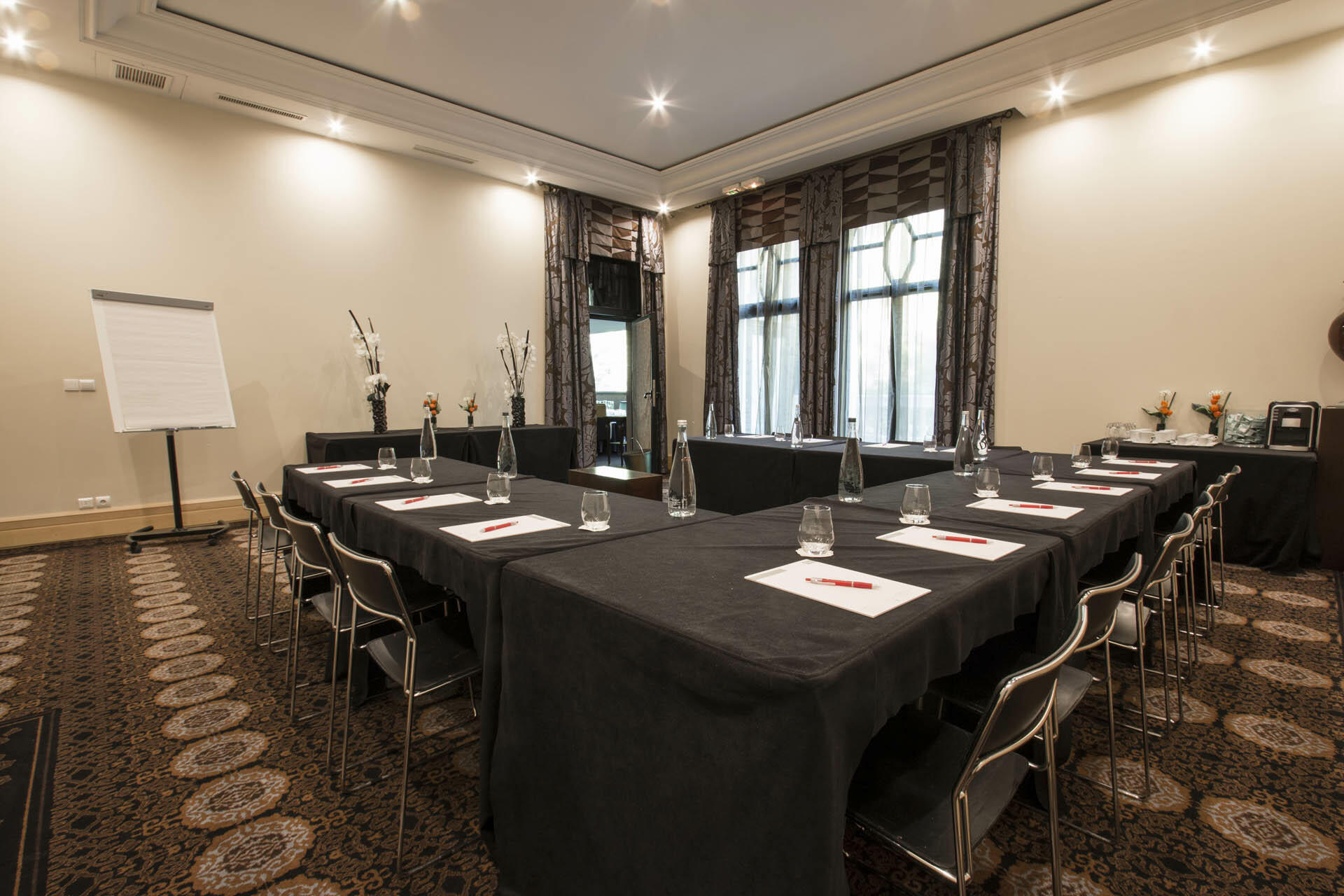 Meeting room at Hotel & Spa Le Pavillon near Lyon