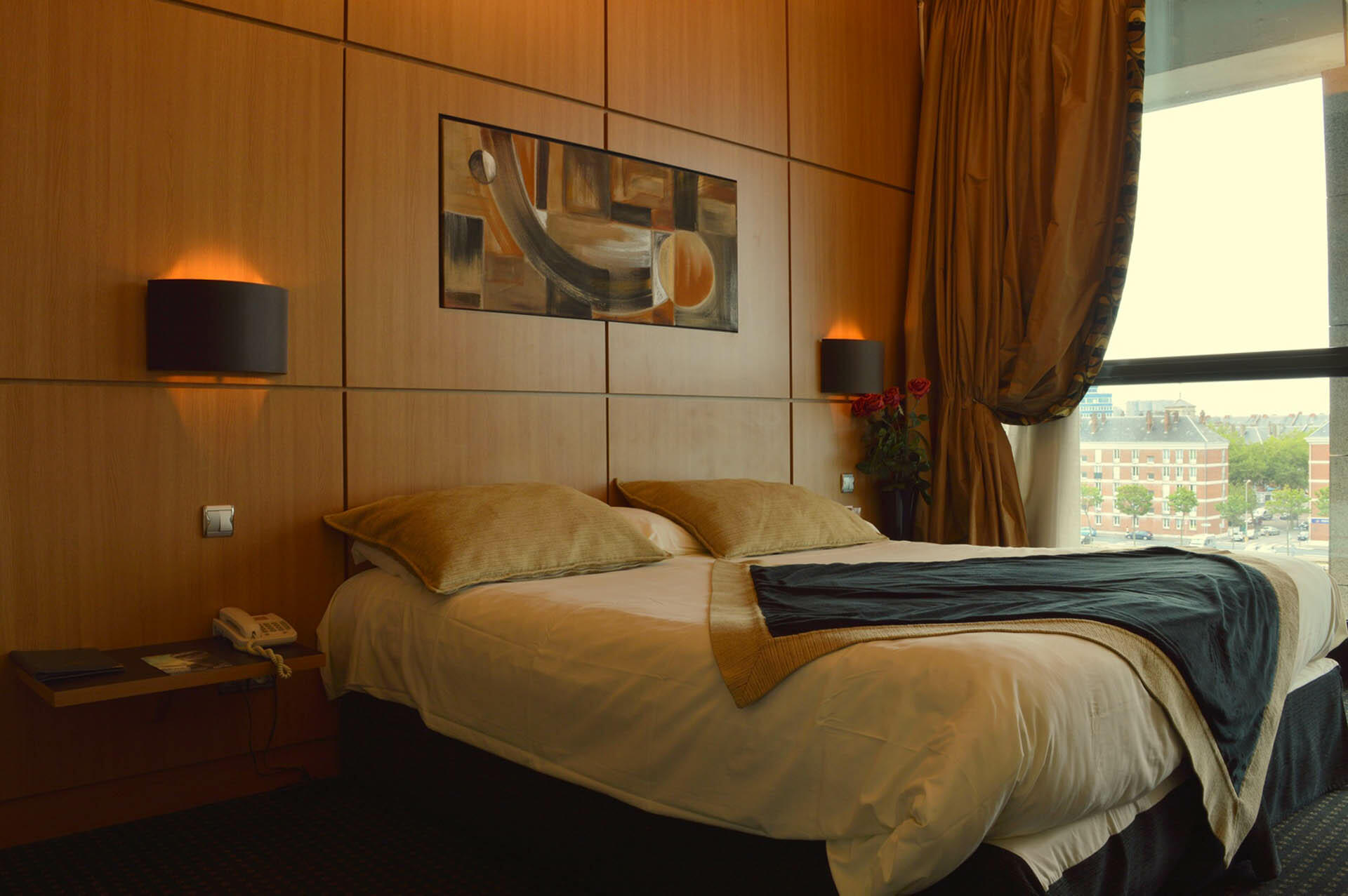 Comfort room at Hotel du Pasino in Le Havre, France