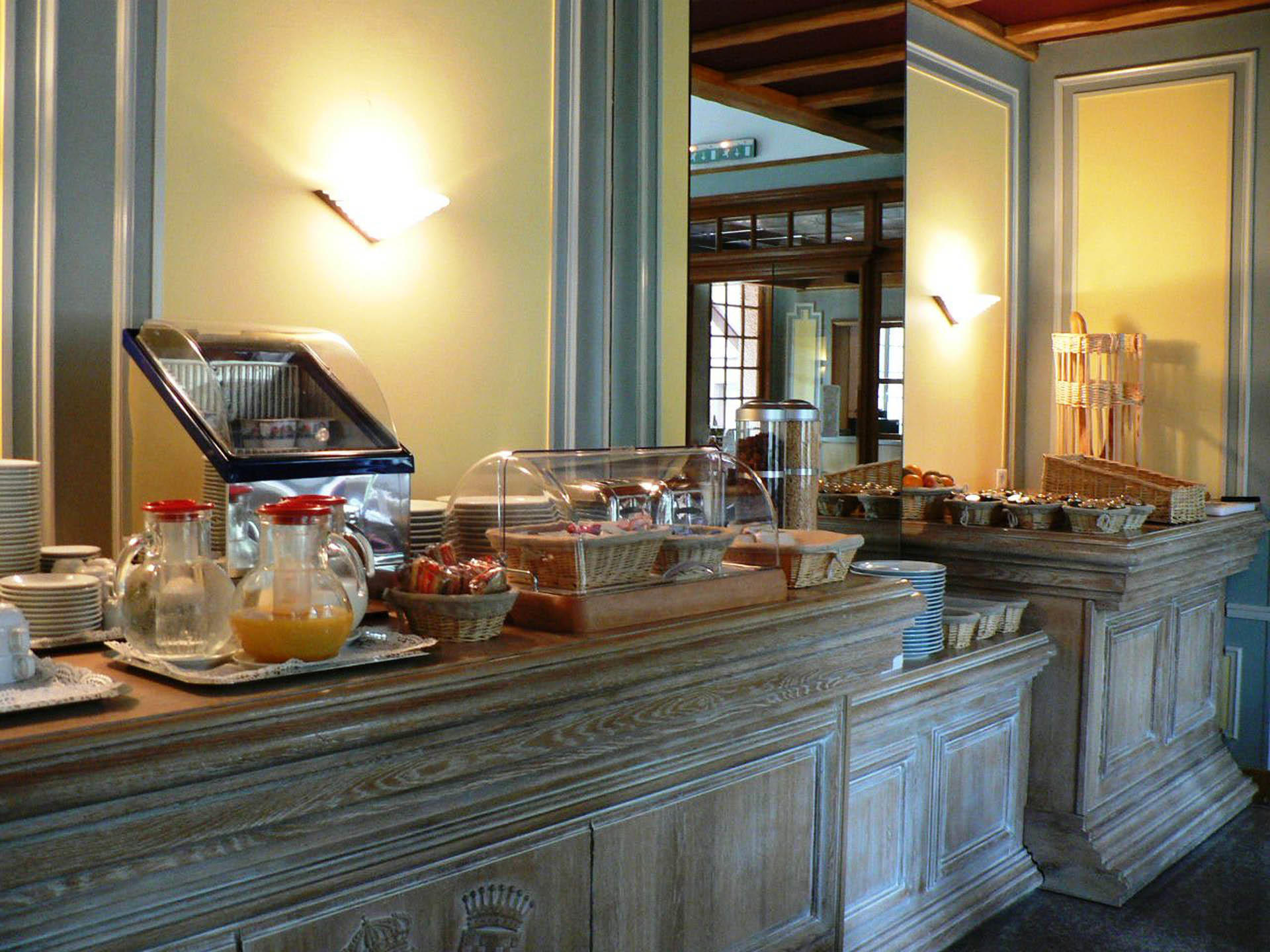 Breakfast at Le Continental Hotel in Forges-les-Eaux, France