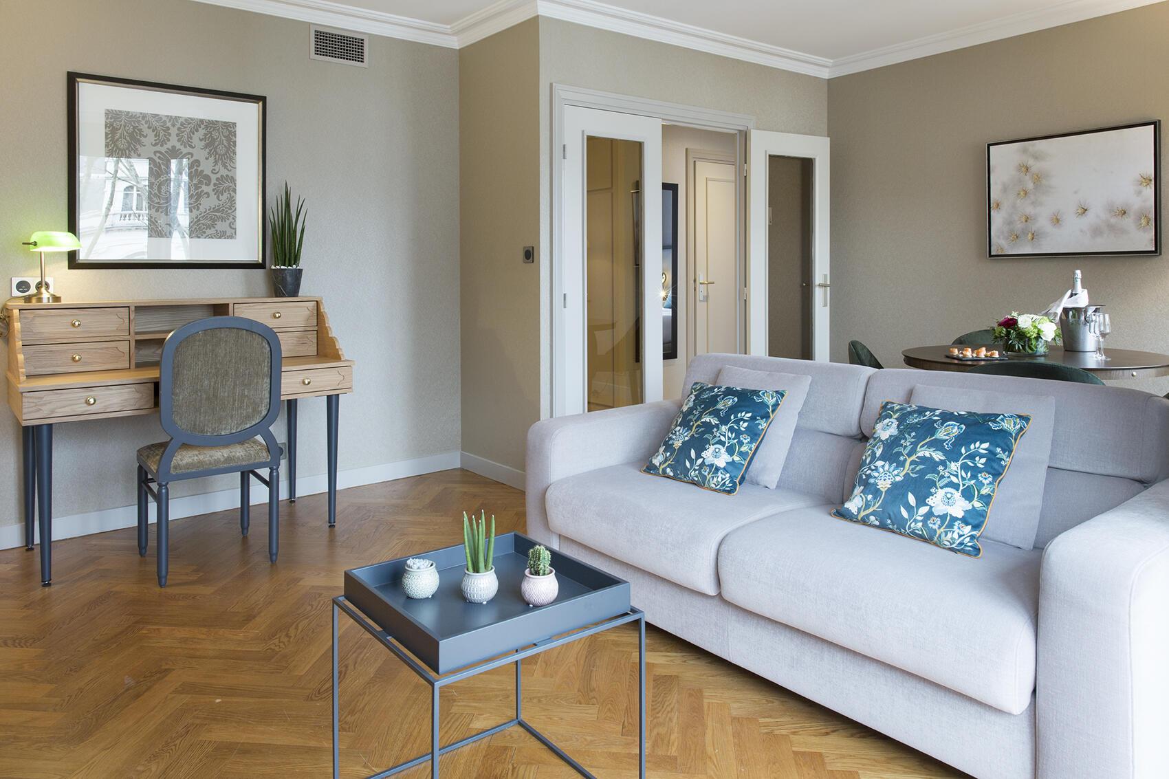 Suite Premium Warwick Reine Astrid - Lyon