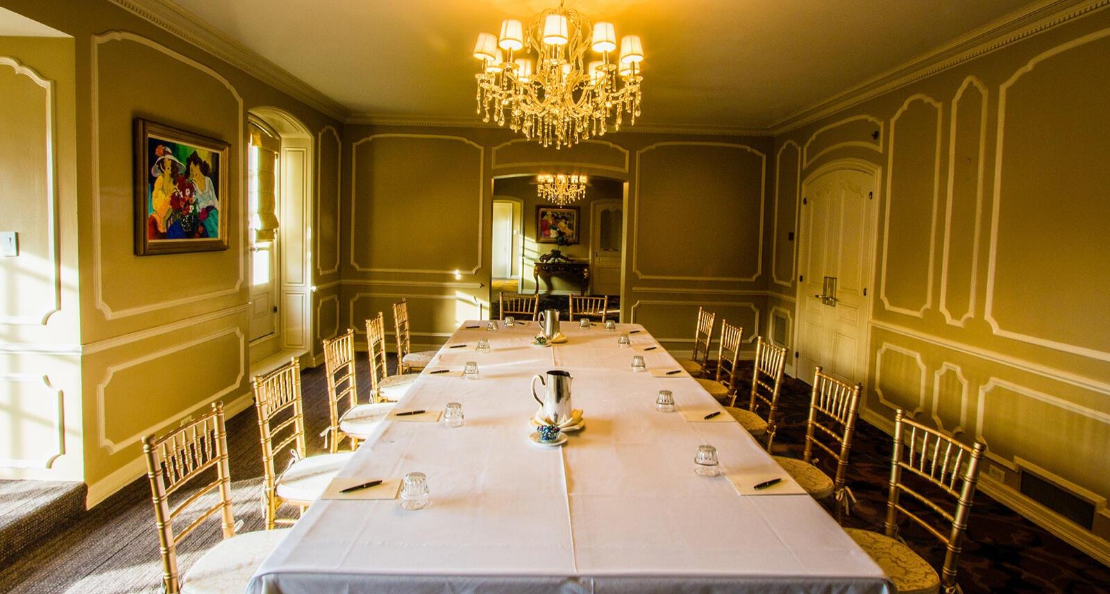 Meeting room at Warwick Melrose Dallas