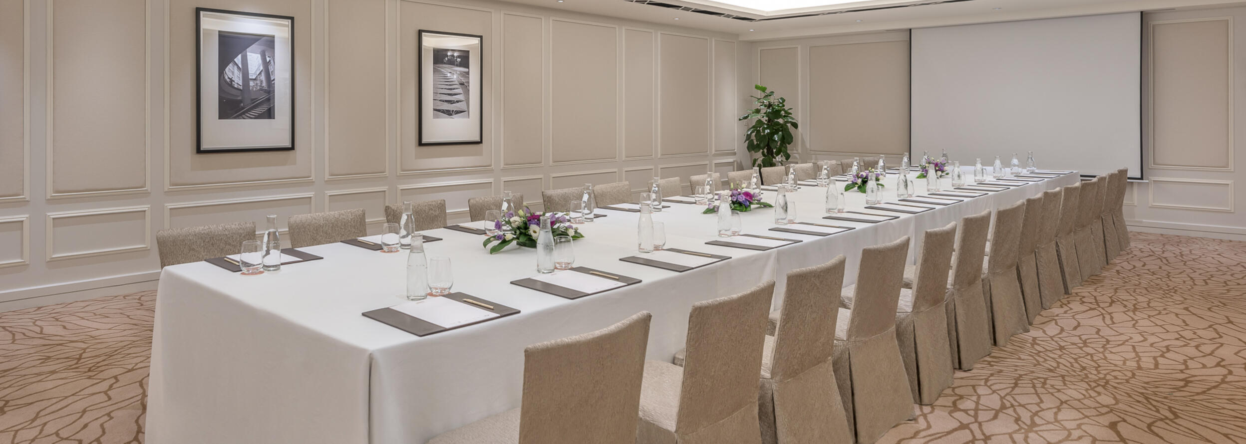 The Boardroom at the hotel arranged for a meeting