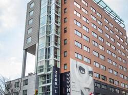 Hotel ZERO1 Montreal Exterior