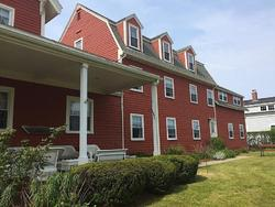 Surfside Inn Chatham Exterior