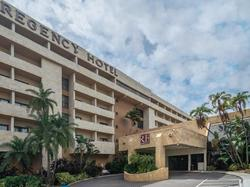 regency miami entrance