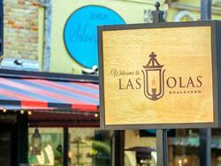 sign for las olas blvd