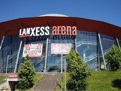 Lanxess Arena - Dom Hotel Am Roemerbrunnen