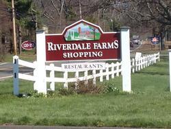 Riverdale Farms Shopping near The Simsbury Inn