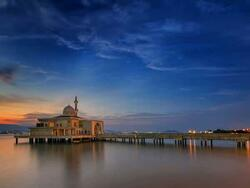 Places of Interest - Penang Floating Mosque