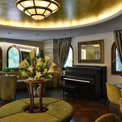 Lobby Piano at Warwick Ankara