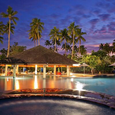 Naviti-Pool Bar at Naviti Resort