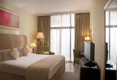 King Bed One Bedroom Two Seasons Hotel