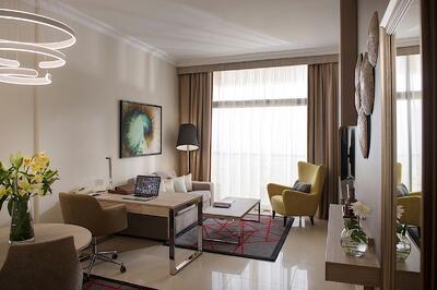 Premium Suite Living Room Two Seasons Hotel