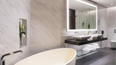 Club Premier Room Bathroom