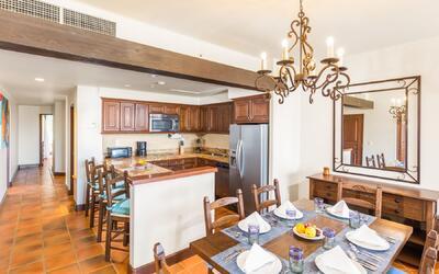 Living area in Guestroom