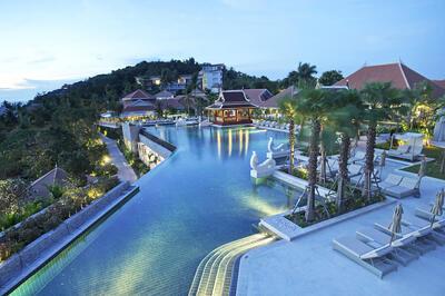 Panorama view of Amatara Resort Pool