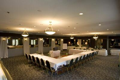 Banquet Room U Shape Set Up