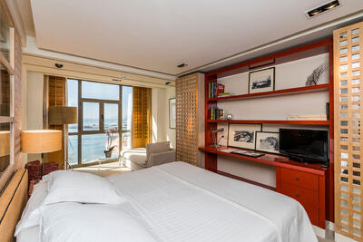 Habitación doble del Hotel Club Marítimo de Sotogrande en Cádiz