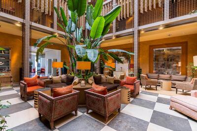 Hall del Hotel Club Marítimo de Sotogrande en Cádiz