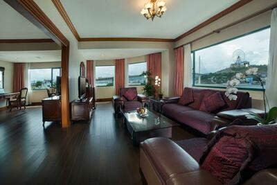Halong Plaza Hotel - Suite-Room