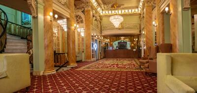 Opulent Hotel Wolcott Lobby