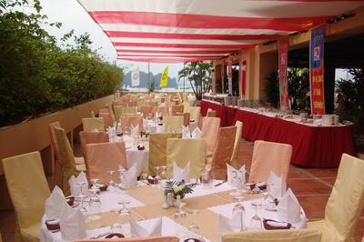 Halong Plaza Hotel Party Venue with Bay View