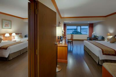 Halong Plaza Hotel - Deluxe-Room