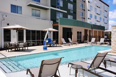 Courtyard Outdoor Pool