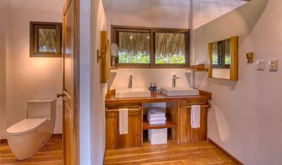 Master Sunset Suite Bathroom
