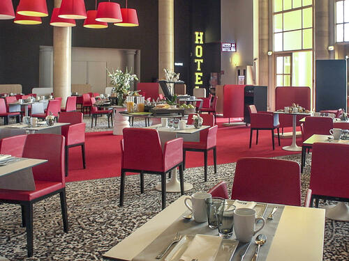 Restaurant at Hotel Casino des Palmiers in Hyères, France