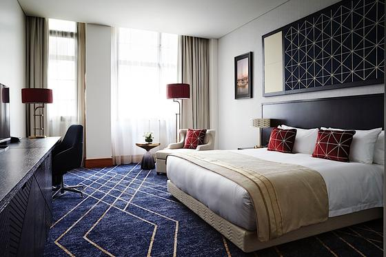 Primus Hotel Sydney Deluxe King Room