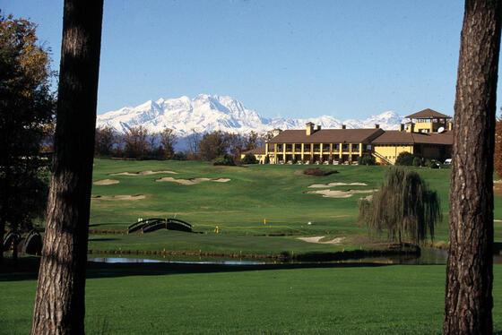 Golf at Castello dal Pozzo in Oleggio Castello, Italy