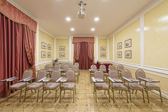 Sala Cavour in Bettoja Hotels Group