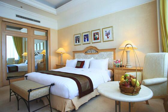 Senator Suite | Accommodation Hanoi Vietnam | Luxury Hotel Hanoi