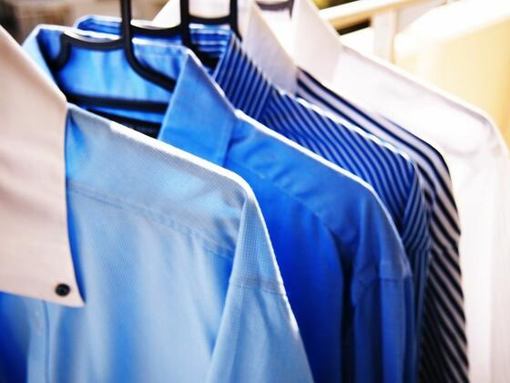 men's dress shirts on hangers