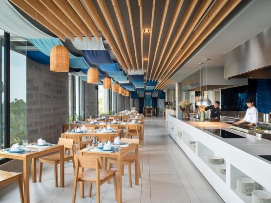 X2 Pattaya Oceanphere - Ocean Bistro Restaurant